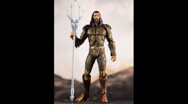 McFarlane Toys - Zack Snyders Justice League - Aquaman - 01