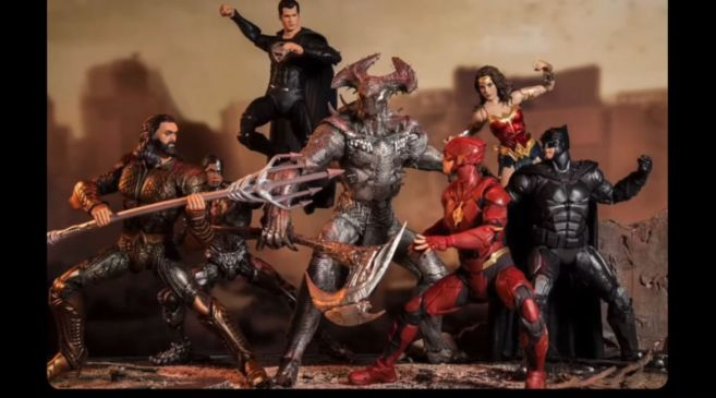 McFarlane Toys - Zack Snyders Justice League - Group Shot - 03