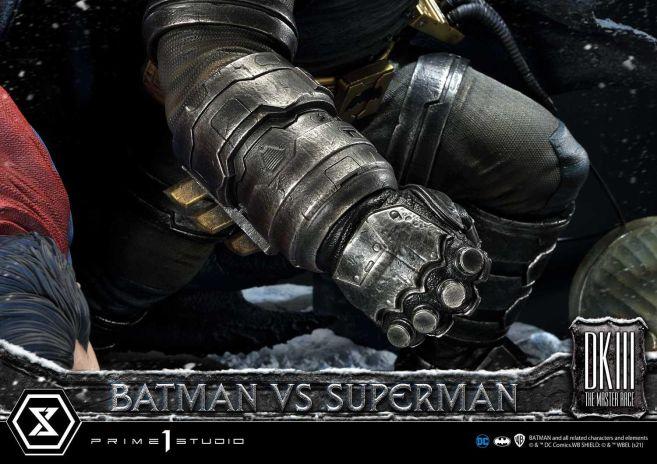Prime 1 Studio - Batman - The Dark Knight Returns - Batman vs Joker - 106