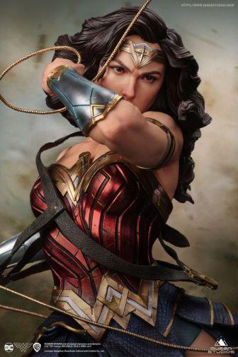 Queen Studios - Wonder Woman - 07
