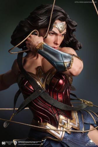 Queen Studios - Wonder Woman - 16