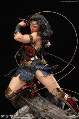 Queen Studios - Wonder Woman - 23