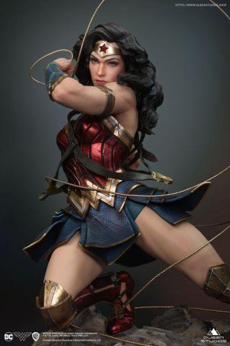 Queen Studios - Wonder Woman - 28