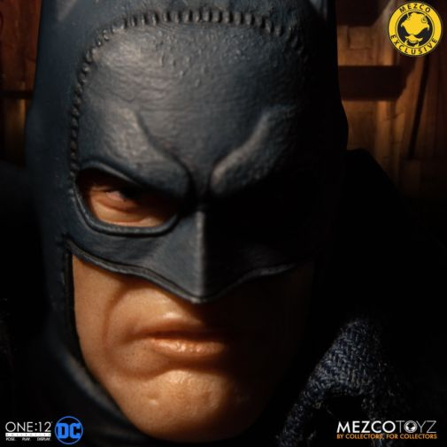 Mezco Toyz - Batman - Gotham by Gaslight - 02