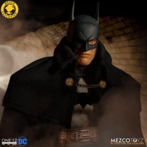 Mezco Toyz - Batman - Gotham by Gaslight - 04