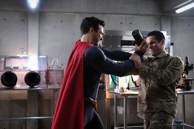 Superman and Lois - Season 1 - Episode 08 - 01