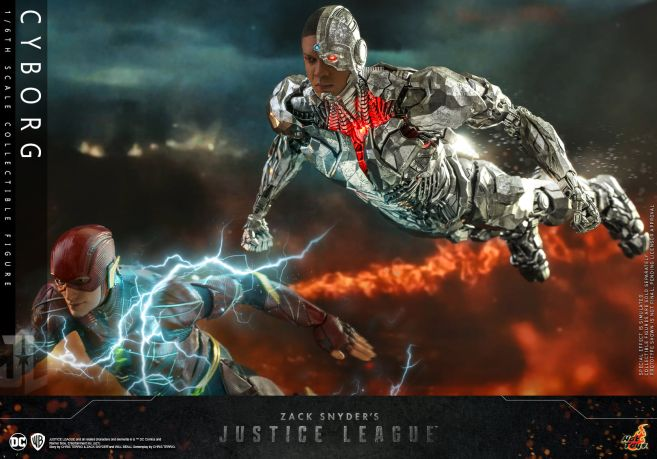 Hot Toys - Zack Snyders Justice League - Cyborg - 11