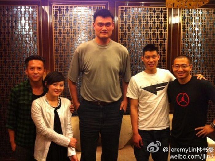 Самый высокий баскетболист в мире (47 фото)