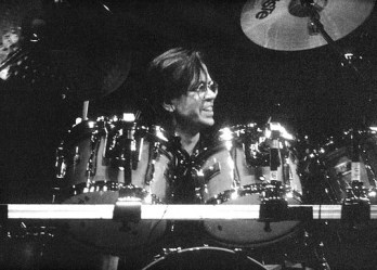 Jeff porcaro a été l'un des batteurs studio de Michael jackson