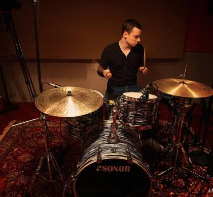 Gabriel Delmas : créer sa carrière, gérer ses influences et construire son propre groove