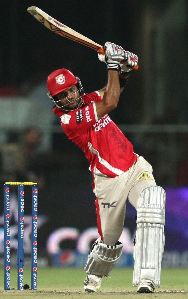 Vohra demolished Delhi's bowling attack