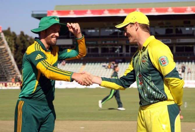 De Villiers (left) and Bailey (right) have both been fined 40 per cent of their match fee