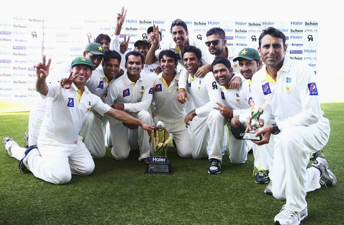 Pakistan celebrate after winning their first Test series against Australia in 20 years