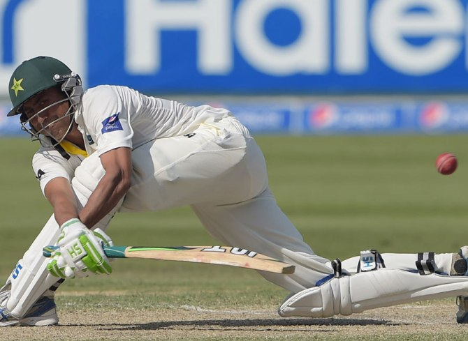 Khan's superb form with the bat continued