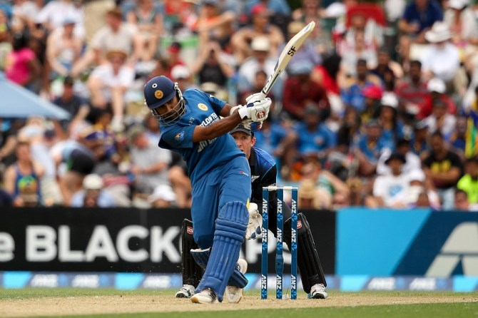 Jayawardene's 18th ODI century went in vain