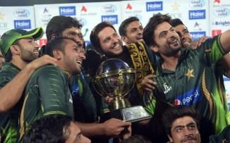 Pakistan celebrate after whitewashing Zimbabwe 2-0