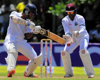 Karunaratne hit 16 boundaries and a six during his career-best knock of 186