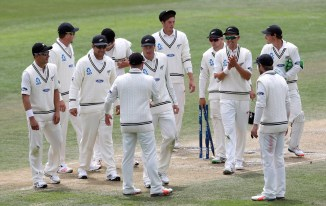 New Zealand celebrate after defeating Sri Lanka