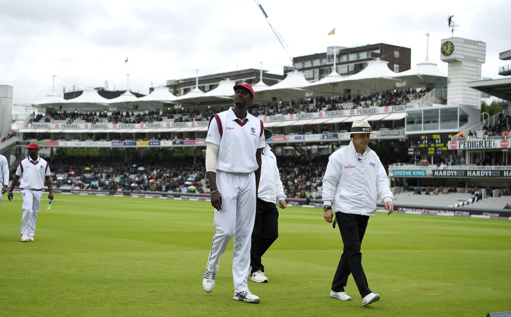 Gayle and storm arrive together as Ireland target win over West Indies