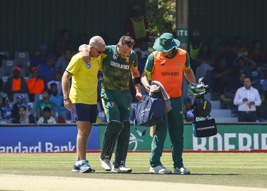 Faf du Plessis injury might see him miss Zimbabwe 'Test'