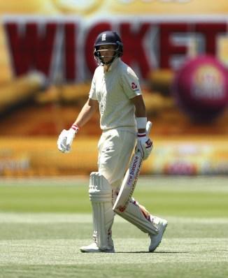 Joe Root Graeme Swann England Ashes cricket