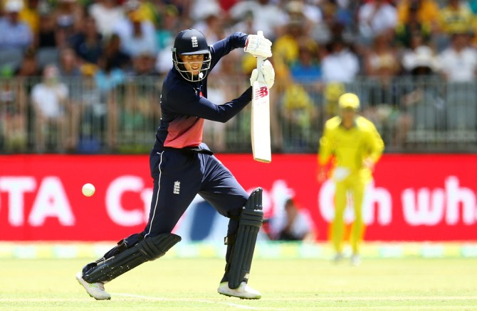 Joe Root 62 Australia England fifth ODI Perth cricket