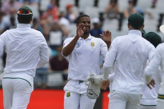 Vernon Philander career-best six wickets South Africa India 1st Test 4th day 1-0 Cape Town cricket