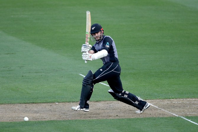 Kane Williamson 72 New Zealand England T20 tri-series Wellington cricket