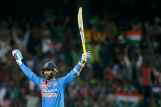 Dinesh Karthik 28 not out last-ball six India Bangladesh Nidahas Trophy final cricket