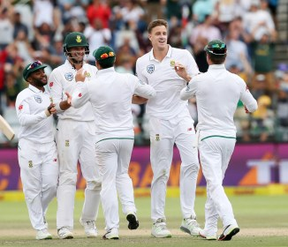 Morne Morkel five wickets South Africa Australia 3rd Test Day 4 Cape Town cricket