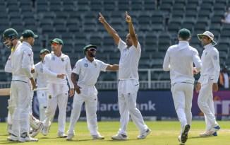 Vernon Philander career-best six wickets South Africa Australia 4th Test Day 5 Johannesburg cricket