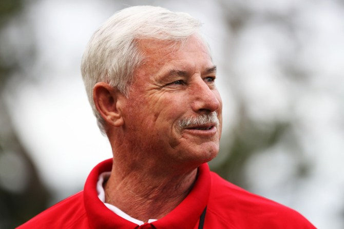 Sir Richard Hadlee surgery remove tumour bowel cancer New Zealand cricket