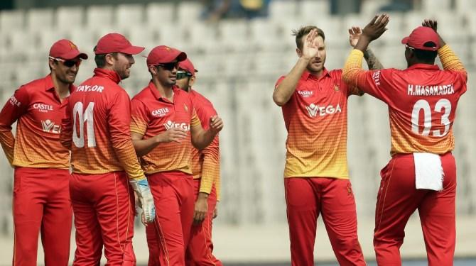 Kyle Jarvis thumb injury Zimbabwe Pakistan T20 tri-series 1st Match Harare cricket