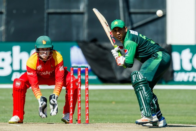 Aamir Sohail Sarfraz Ahmed should not promote himself up the batting order should bat at number 7 Pakistan cricket