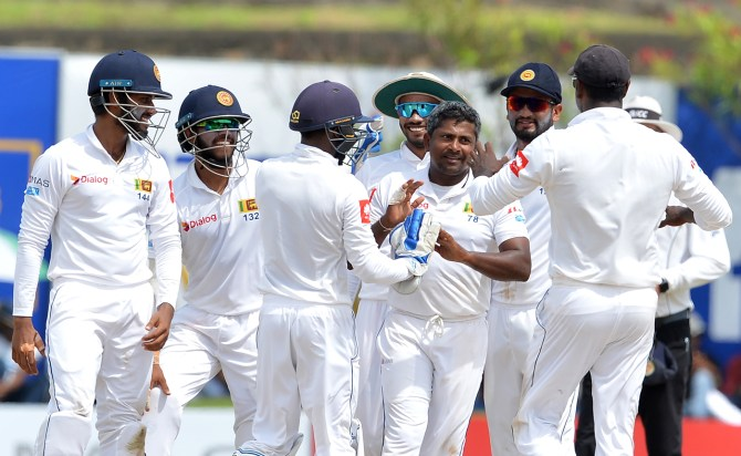 Sri Lanka five wickets away from winning 2nd Test South Africa Colombo cricket