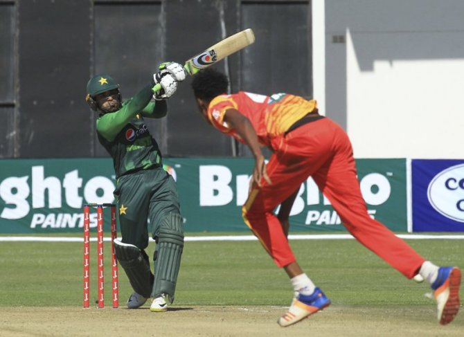 Sarfraz Ahmed impressed Asif Ali Pakistan Zimbabwe Australia T20 tri-series cricket