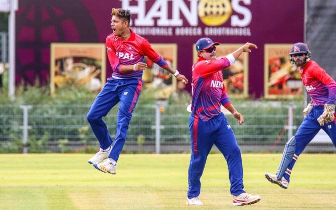 Sandeep Lamichhane signs Melbourne Stars Mujeeb Ur Rahman joins Brisbane Heat Big Bash League BBL Nepal Afghanistan cricket
