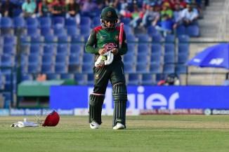 Bangladesh anxious Mushfiqur Rahim cracked rib Mashrafe Mortaza finger injury Zimbabwe series cricket