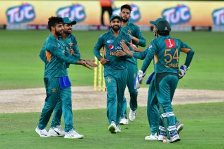 Shadab Khan three wickets Pakistan Australia 3rd T20 Dubai cricket
