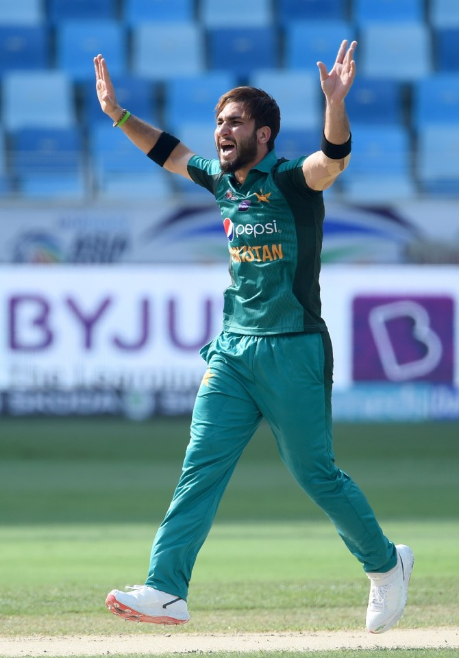 Usman Khan Shinwari and Harry Gurney sign for Melbourne Renegades Big Bash League BBL cricket