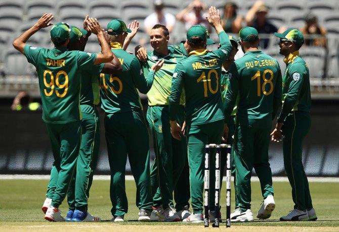 Dale Steyn two wickets Australia South Africa 1st ODI Perth cricket