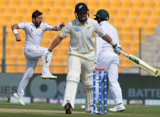 Yasir Shah three wickets Pakistan New Zealand 1st Test Day 1 Abu Dhabi cricket