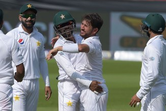Yasir Shah eight wickets Pakistan New Zealand 2nd Test Day 3 Dubai cricket