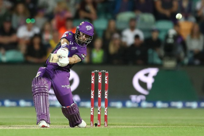 Matthew Wade 85 Hobart Hurricanes Sydney Thunder Big Bash League BBL 11th Match cricket