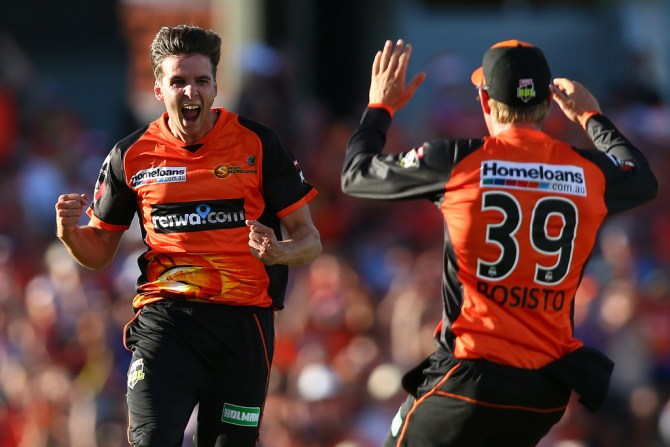 Jhye Richardson three wickets Perth Scorchers Adelaide Strikers Big Bash League BBL 9th Match cricket