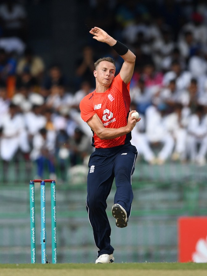 Tom Curran 23 not out three wickets Sydney Sixers Melbourne Renegades Big Bash League BBL 12th Match cricket