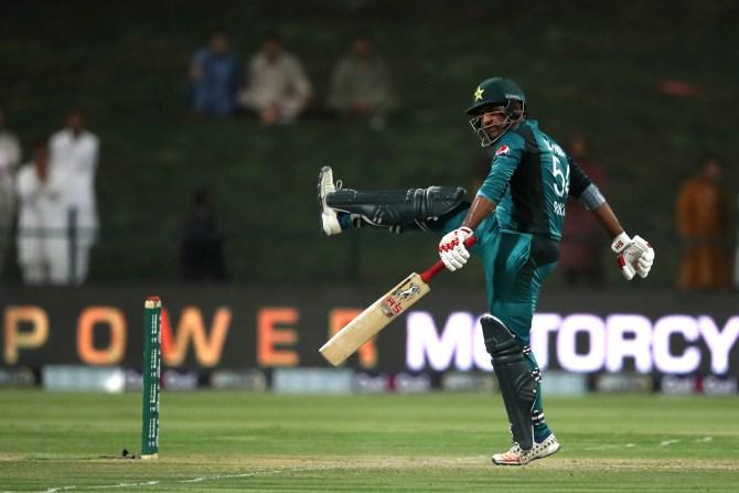 Sarfraz Ahmed angry with Shoaib Akhtar Pakistan cricket