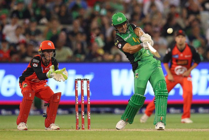 Marcus Stoinis 78 not out two wickets Melbourne Stars Melbourne Renegades Big Bash League BBL 17th Match cricket