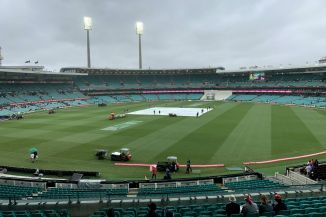 Bad light rain Australia India 4th Test Day 4 Sydney cricket