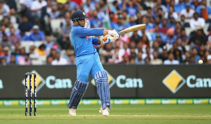 MS Dhoni 87 not out Australia India 3rd ODI Melbourne cricket